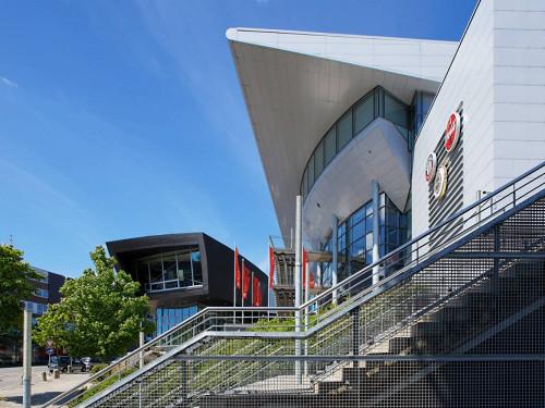 Neuartige Rettungs- und Sicherheitskontrolle in der Sparkassen-Arena in Betrieb genommen